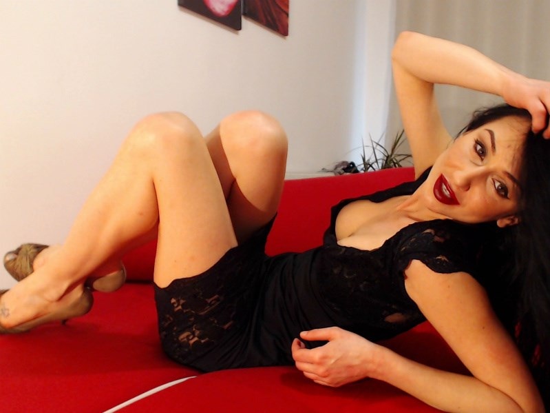 https://www.websexjob.com/no/live-sex-chat/cam-girls/DanielleSquirts?catid=1#about