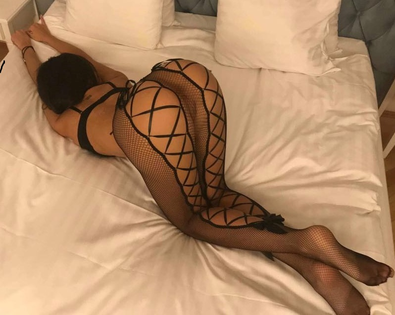 21 age new Porno Queen live sex show